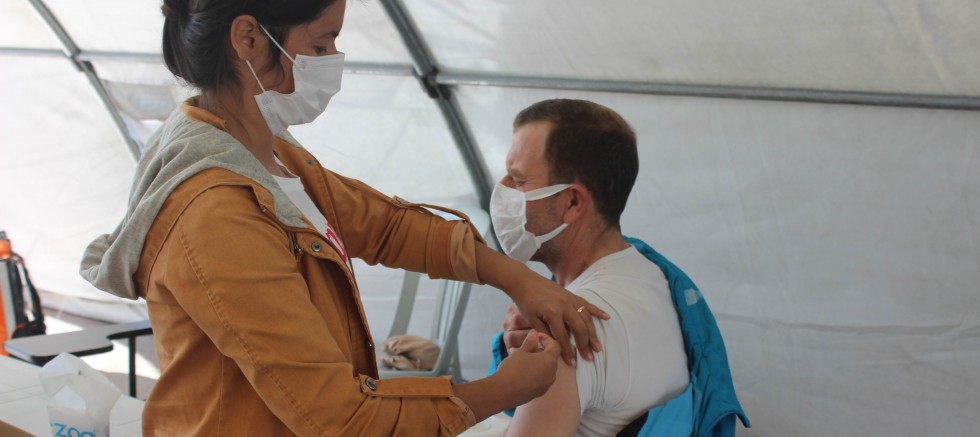 Covid-19 hastalarının yüzde 90'nı aşısız